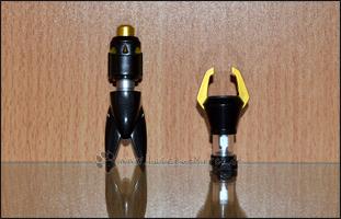 Die Waffen für den Positron Laster und Giga Death (links) und den Ion Blaster (rechts)