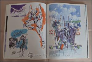 Es folgen Skizzen zu den ersten Entwürfen der EVAs