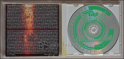 Die CD und die Rückseite des Booklets