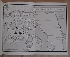 """In der hinteren Klappe befindet sich eine Übersichtskarte des Gebiets der Inuit (""""Nunavut"""" ist ein Gebiet im Norden Kanadas wo Inuit leben und bedeutet wörtlich etwa """"unser Land"""")"""